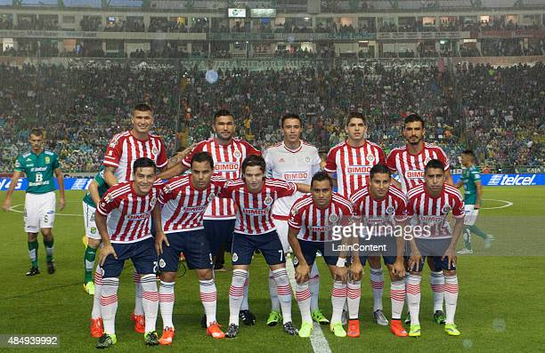 Players of Chivas pose for photos prior a 6th round match between Leon and Chivas as part of the Apertura 2015 Liga MX at Leon Stadium on August 22...