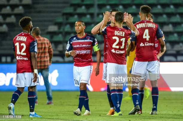 Players of Clermont Ferrand celebrate the victory during the Ligue 2 match between Clermont Ferrand and Chateauroux on July 26, 2019 in...