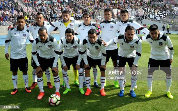 Players of Colo Colo pose for a team photo during a match between U de Chile and Colo Colo as part of Torneo Clausura 20162017 at Nacional Stadium on...
