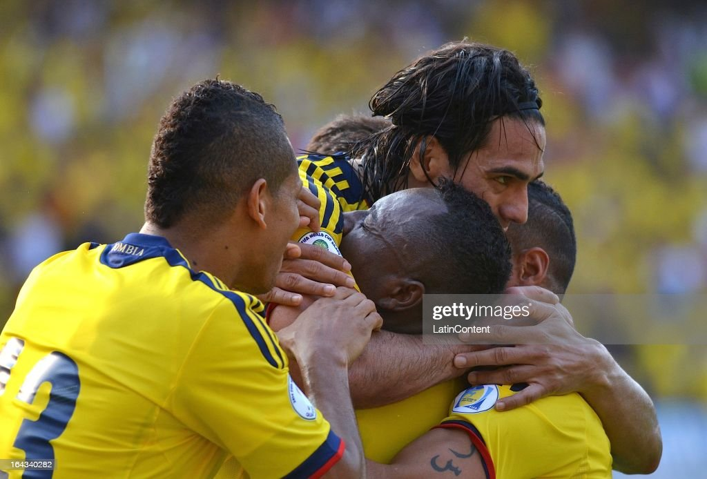 Players of Colombia celebrate a scored goal during a match between Colombia and Bolivia as part of the 11th round of the South American Qualifiers for the FIFA World Cup Brazil 2014 at the Roberto Melendez Metropolitan Stadium on March 22, 2013 in Barranquilla, Colombia.