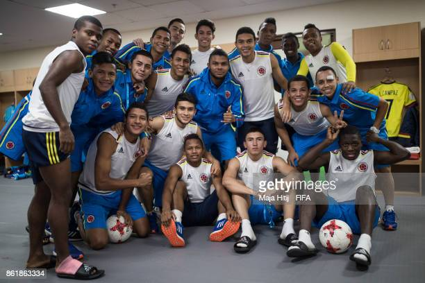 Players of Colombia pose for a group picture prior the FIFA U17 World Cup India 2017 Round of 16 match between Colombia and Germany at Jawaharlal...