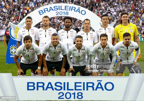 Players of Corinthinas pose for photo before the match between Corinthinas and Fluminense for the Brasileirao Series A 2018 at Arena Corinthians...