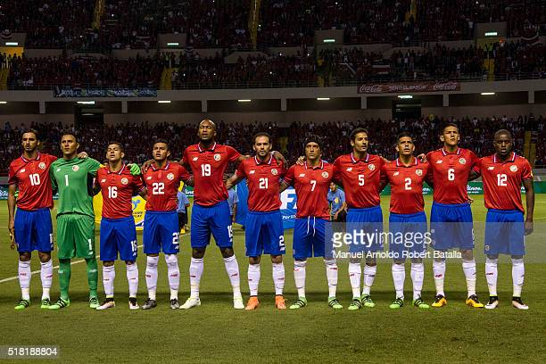 Players of Costa Rica line up prior to the match between Costa Rica and Jamaica as part of the FIFA 2018 World Cup Qualifiers at Nacional de Costa...