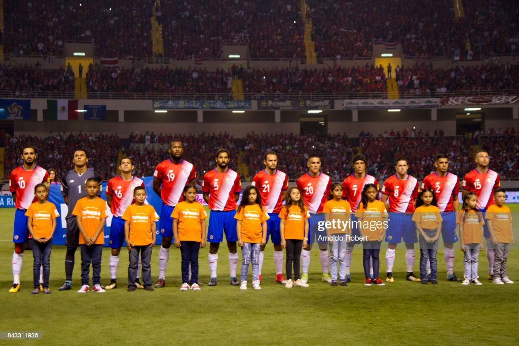 Players of Costa Rica pose for a photo prior a match between Costa Rica and Mexico as part of the FIFA 2018 World Cup Qualifiers at Nacional de Costa Rica Stadium on September 05, 2017 in San Jose, Costa Rica.