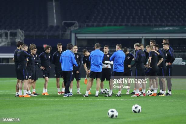 Players of Croatia huddle up during the Croatia training session ahead of the FIFA friendly match against Mexico at ATT Stadium on March 26 2018 in...