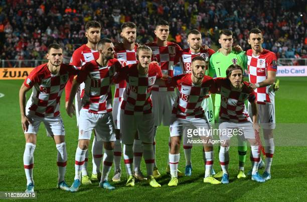 Players of Croatia pose for a team photo ahead of the UEFA Euro 2020 Qualifier week 9 match between Croatia and Slovakia on November 16, 2019 at...