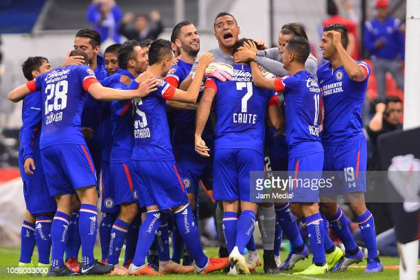 Players of Cruz Azul celebrate after their victory during a Semi Final match between Cruz Azul and Leon as part of the Copa MX Apertura 2018 at...