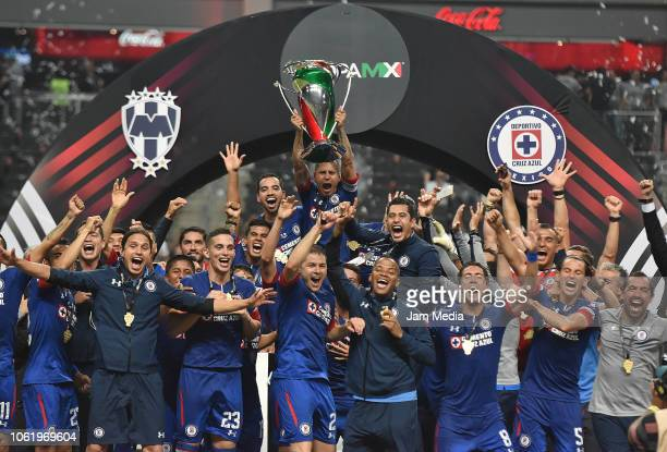 Players of Cruz Azul celebrate with the trophy after winning the Final match between Monterrey and Cruz Azul as part of the Copa MX Apertura 2018 on...