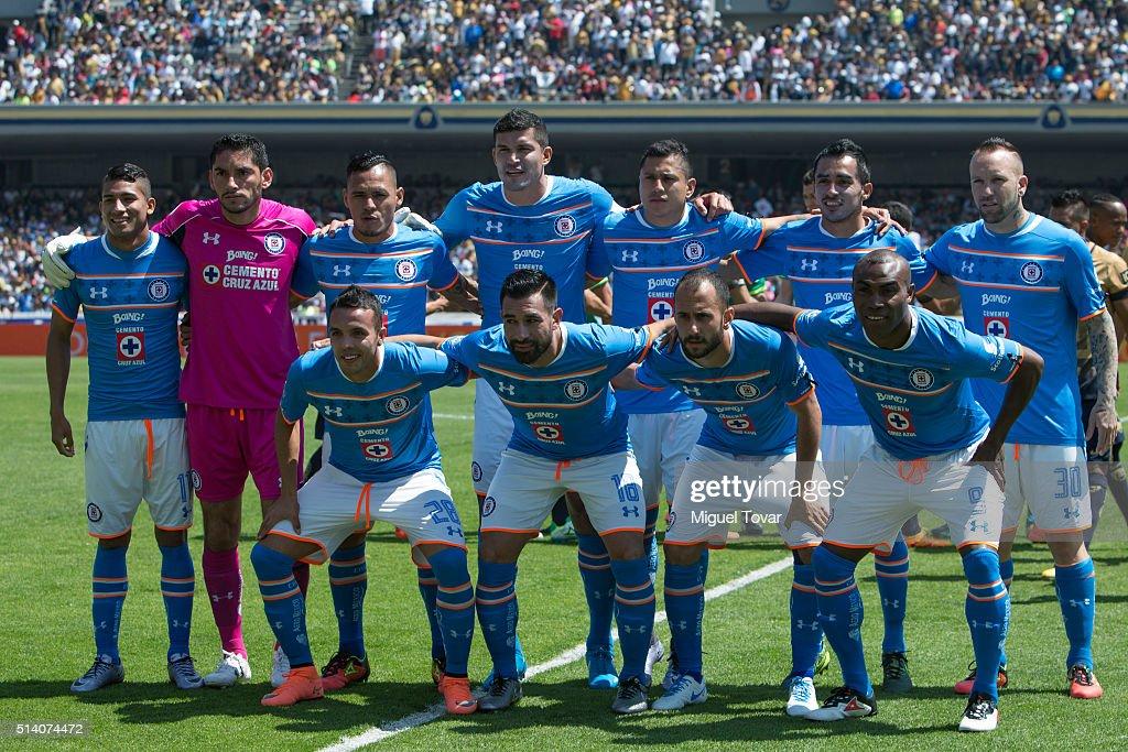 Pumas v Cruz Azul - Clausura 2016 Liga MX : News Photo