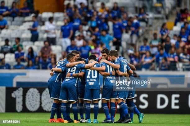 Players of Cruzeiro before a match between Cruzeiro and Vasco da Gama as part of Brasileirao Series A 2017 at Mineirao stadium on November 26 2017 in...