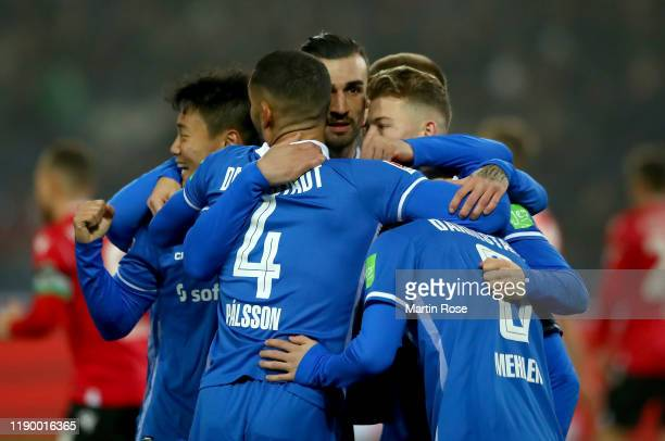 Players of Darmstadt celebrate the opening goal during the Second Bundesliga match between Hannover 96 and SV Darmstadt 98 at HDIArena on November 25...