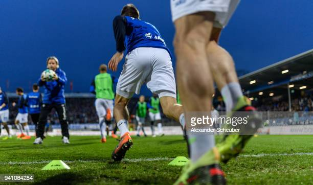 Players of Darmstadt warm up prior to the Second Bundesliga match between SV Darmstadt 98 and Fortuna Duesseldorf at Jonathan-Heimes-Stadion am...