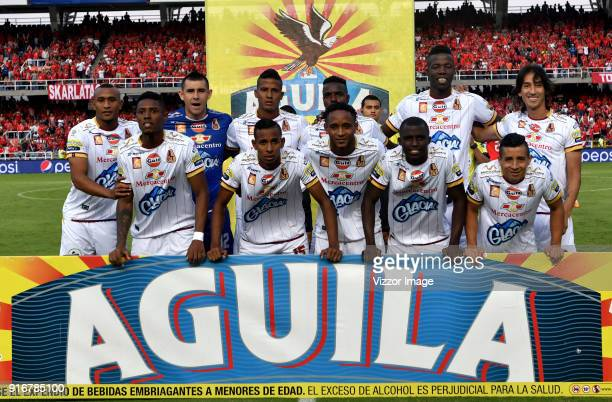 Players of Deportes Tolima pose for a team photo prior to the match between America de Cali and Deportes Tolima as part of Liga Aguila I 2018 at...