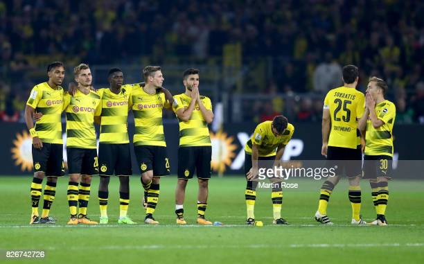 Players of Dortmund look dejected after the DFL Supercup 2017 match between Borussia Dortmund and Bayern Muenchen at Signal Iduna Park on August 5,...