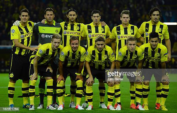 Players of Dortmund pose prior to the UEFA Champions League group D match between Borussia Dortmund and Ajax Amsterdam at Signal Iduna Park on...