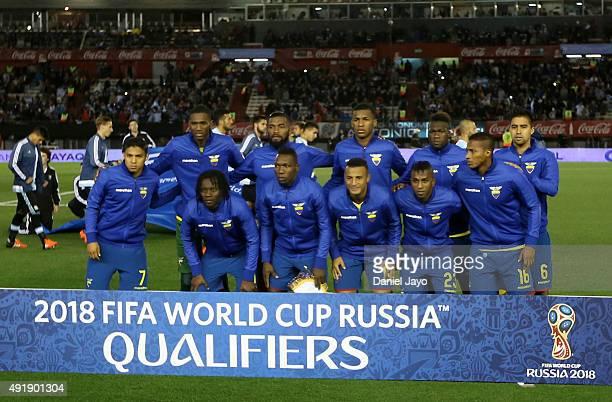 Players of Ecuador pose before a match between Argentina and Ecuador as part of FIFA 2018 World Cup Qualifier at Monumental Antonio Vespucio Liberti...