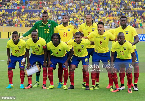Players of Ecuador pose for a picture prior a match between Ecuador and Brazil as part of FIFA 2018 World Cup Qualifiers at Olimpico Atahualpa...