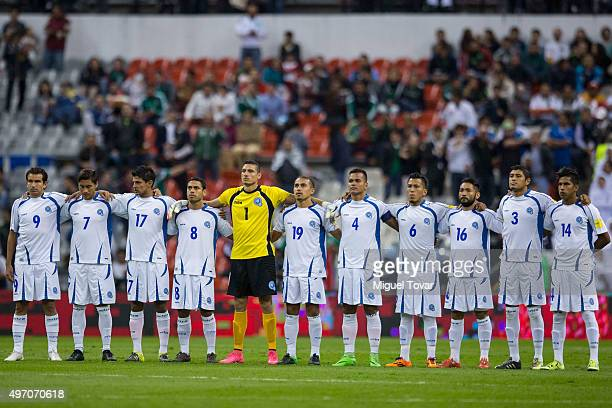 Players of El Salvador line up before the match between Mexico and El Salvador as part of the 2018 FIFA World Cup Qualifiers at Azteca Stadium on...
