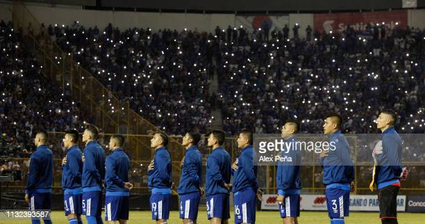 Players of El Salvador sing their National Anthem prior a match between El Salvador and Jamiaca as part of the CONCACAF Gold Cup 2019 Qualifiers at...