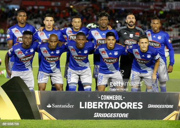 Players of Emelec pose for a photo prior to the group stage match between River Plate and Emelec as part of Copa CONMEBOL Libertadores Bridgestone...
