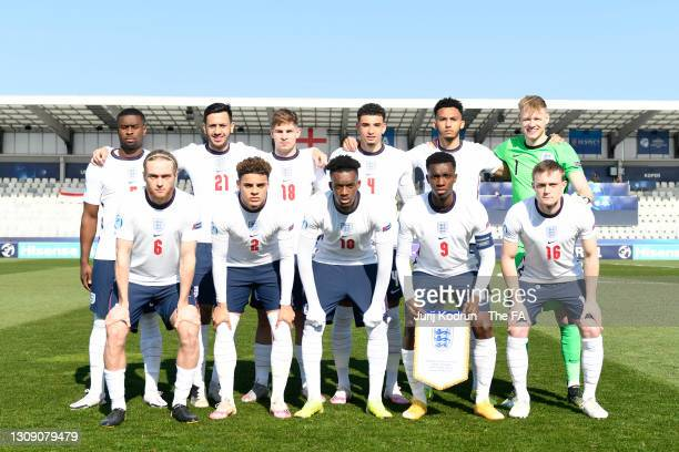 Players of England pose for a team photograph prior to the 2021 UEFA European Under-21 Championship Group D match between England and Switzerland at...