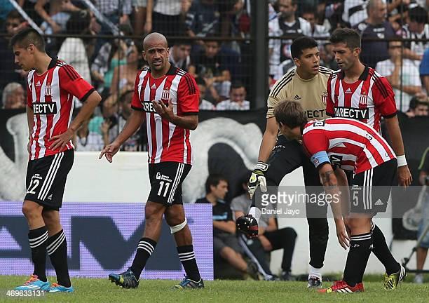 Players of Estudiantes Carlos Auzqui Juan Sebastian Veron Geronimo Rulli Gaston Romero and Joaquin Correa during a match between All Boys and...