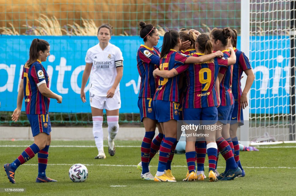 Real Madrid Femenino v FC Barcelona Femenino - Primera Iberdrola Femenina : News Photo