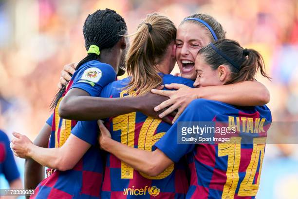 Players of FC Barcelona Femeni celebrates a goal during the Liga Iberdrola match at Estadi Johan Cruyff on September 07, 2019 in Barcelona, Spain.