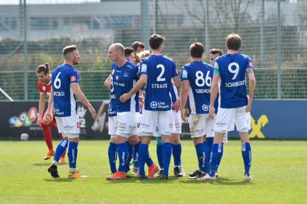 AUT: FC Blau Weiss Linz v Grazer AK 1902 - 2. Liga