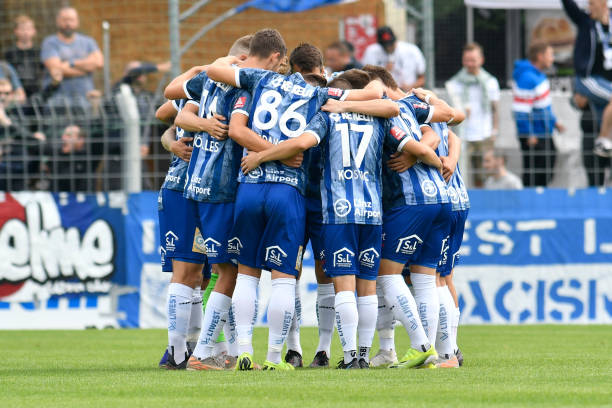 AUT: SK Vorwaerts Steyr v FC Blau Weiss Linz  - 2. Liga