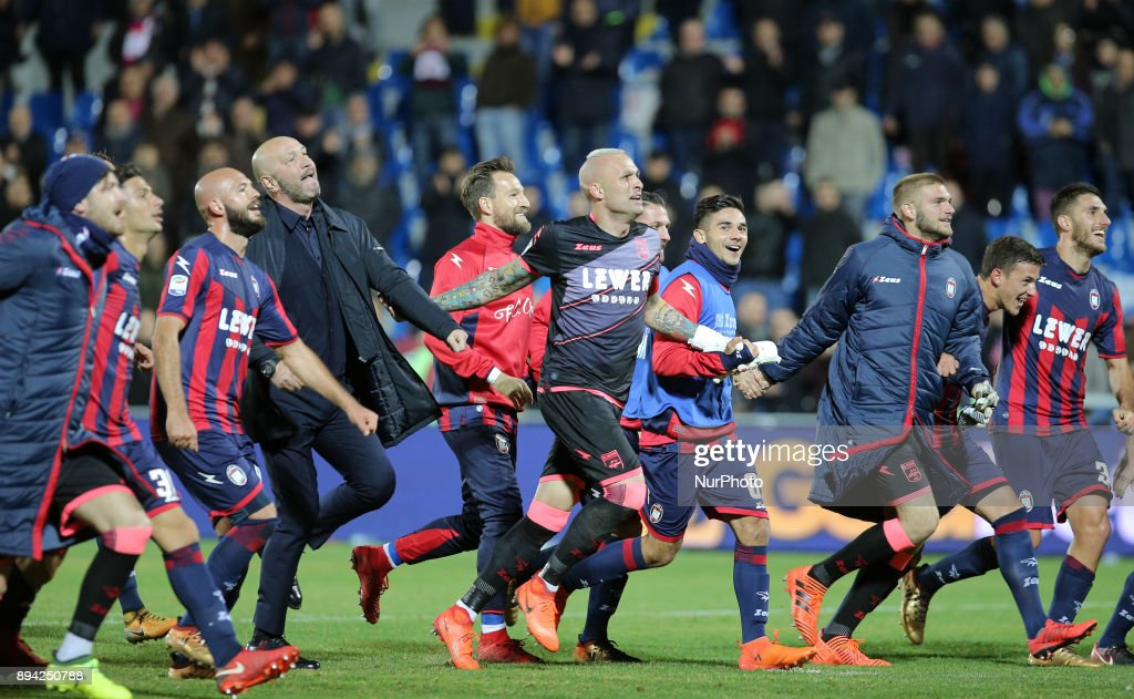Players of FC Crotone celebrate the win of the Serie A match between FC Crotone and AC Chievo Verona at Stadio Comunale Ezio Scida on December 17, 2017 in Crotone, Italy.