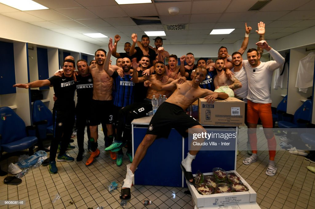 Players of FC Internazionale and team celebrate the victory and the qualification for the Champions League in the dressing room during the Serie A match between SS Lazio and FC Internazionale at Stadio Olimpico on May 20, 2018 in Rome, Italy.