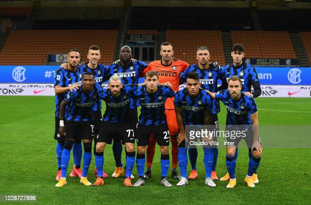 Players of FC Internazionale line up prior to the Serie A match between FC Internazionale and ACF Fiorentina at Stadio Giuseppe Meazza on September...