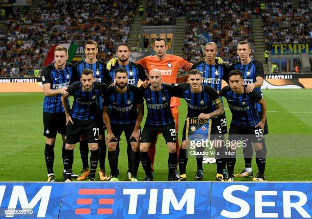 Players of FC Internazionale line up prior to the Serie A match between FC Internazionale and ACF Fiorentina at Stadio Giuseppe Meazza on August 20...