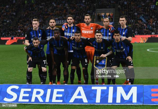 Players of FC Internazionale line up prior to the serie A match between FC Internazionale and Cagliari Calcio at Stadio Giuseppe Meazza on April 17...