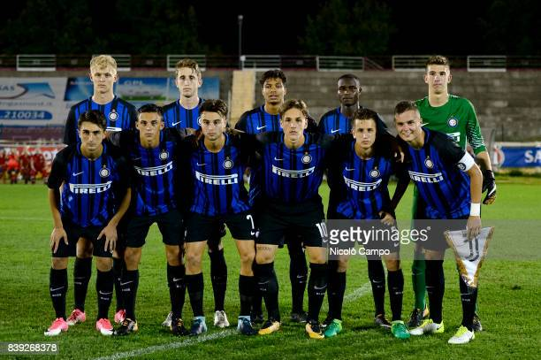 Players of FC Internazionale Primavera pose for a team photo prior to the 'Memorial Mamma Cairo' preseason juvenile match between FC Internazionale...