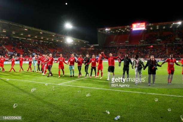 Players of FC Twente their sides win during the Dutch Eredivisie match between FC Twente and AZ at De Grolsch Veste on September 23, 2021 in...