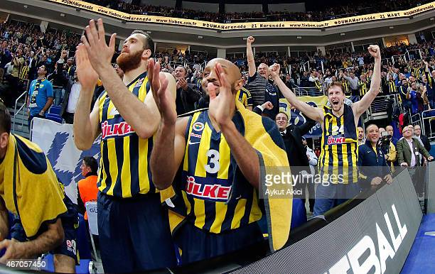 Players of Fenerbahce Ulker Istanbul celebrate victory during the Turkish Airlines Euroleague Basketball Top 16 Date 11 game between Fenerbahce Ulker...