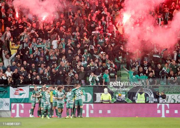 Players of Ferencvarosi TC celebrate the winning goal during the Hungarian OTP Bank Liga match between Ferencvarosi TC and Ujpest FC at Groupama...
