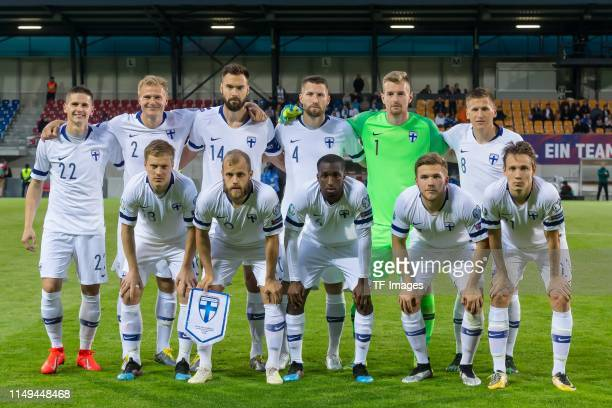 Players of Finland ares seen prior to the UEFA Euro 2020 Qualifier match between Liechtenstein and Finland at Rheinpark Stadion on June 11, 2019 in...