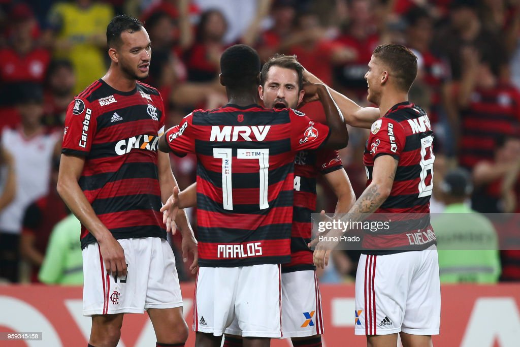Players of Flamengo celebrates a scored goal during a Group Stage match between Flamengo and Emelec as part of Copa CONMEBOL Libertadores 2018 at Maracana Stadium on May 16, 2018 in Rio de Janeiro, Brazil.
