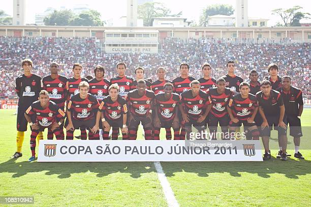 Players of Flamengo pose for a photo prior to the match against Bahia as part of Sao Paulo Juniors Cup 2011 at Pacaembu stadium on January 25 2011 in...