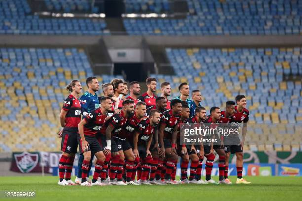Players of Flamengo pose for a photo prior to the match between Flamengo and Fluminense as part of the Taca Rio the Second Leg of the Carioca State...