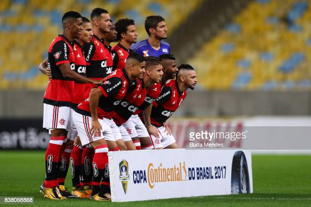 Players of Flamengo pose for photographers before a match between Flamengo and Botafogo part of Copa do Brasil SemiFinals 2017 at Maracana Stadium on...