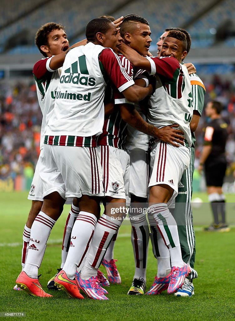 Players of Fluminense celebrate a scored goal during a match between Fluminense and Cruzeiro as part of Brasileirao Series A 2014 at Maracana Stadium on September 07, 2014 in Rio de Janeiro, Brazil.
