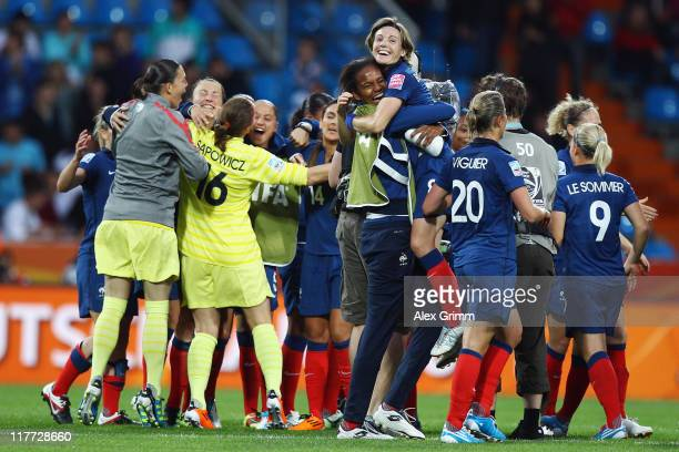 Players of France celebrate after the FIFA Women's World Cup 2011 Group A match between Canada and France at the Fifa Womens World Cup Stadium on...