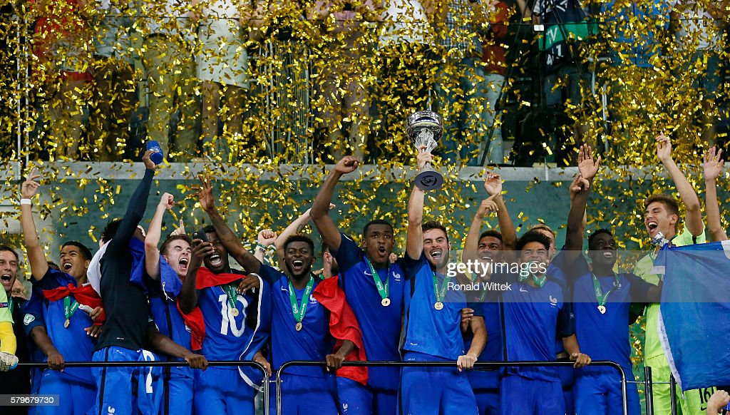 U19 France v U19 Italy - UEFA Under19 European Championship Final : News Photo