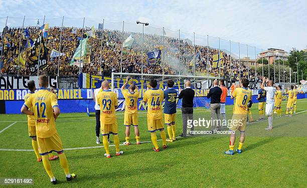 Players of Frosinone Calcio show their disappointment after the Serie A match between Frosinone Calcio and US Sassuolo Calcio at Stadio Matusa on May...