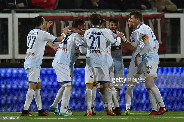 Players of Frosinone celebrate after scoring their third goal during the Serie B match between Trapani Calcio and Frosinone Calcio at Stadio...