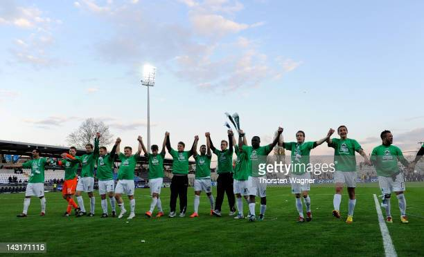 Players of Fuerth celebrates after the Second Bundesliga match between FSV Frankfurt and SpVgg. Greuther Fuerth on April 20, 2012 in Frankfurt am...